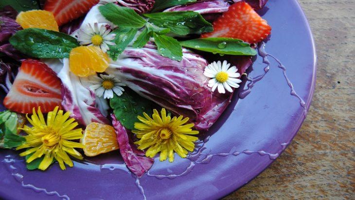 Recept salade met paardenbloemen