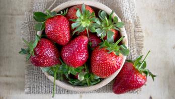 3 heerlijke aardbeien